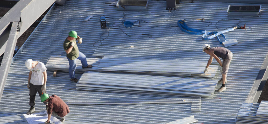 Metal Roof Replacement-Bradenton Metal Roof Installation & Repair Contractors