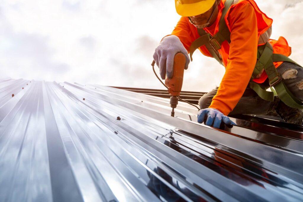 Metal Roofing Systems-Bradenton Metal Roof Installation & Repair Contractors
