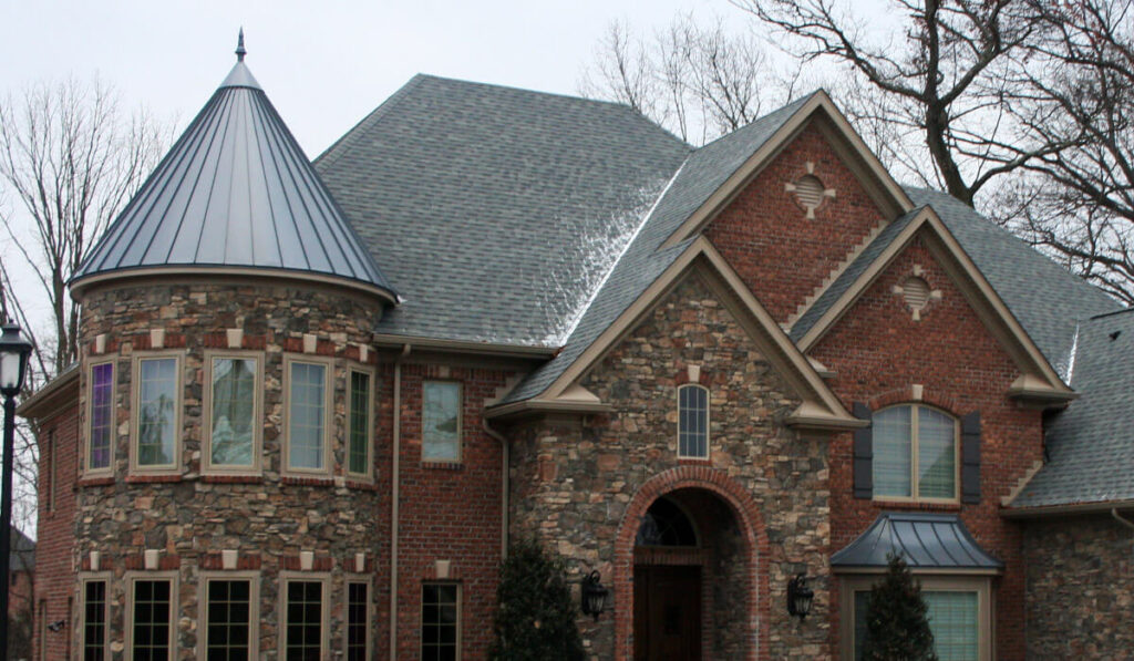 Tapered Panels Metal Roof-Bradenton Metal Roof Installation & Repair Contractors